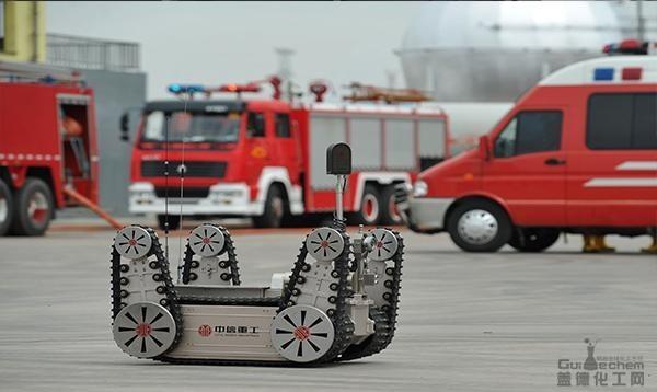 我国危化品事故应急关键技术与装备研发成功