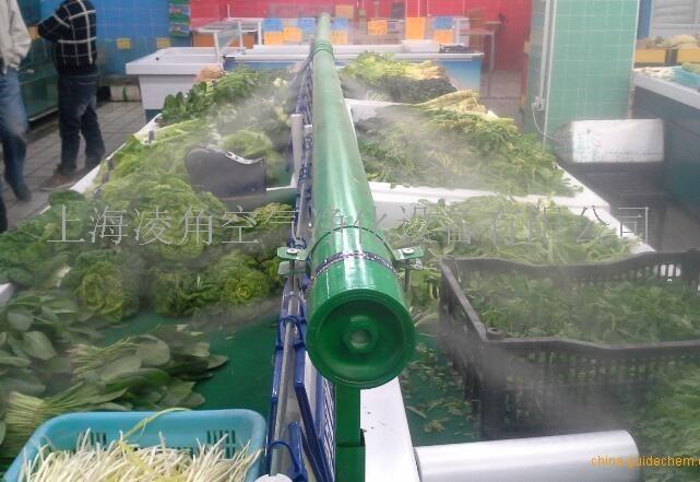 加湿器工作原理     本产品采用最新的超声波雾化技术,高频电子振荡电