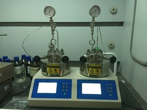 微型加氢反应釜产品图片