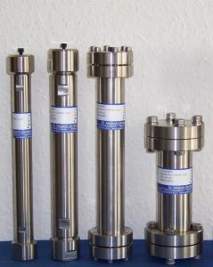 提供各种填料微径液相色谱柱产品图片