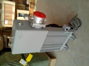 水泥搅拌车液压油箱散热器