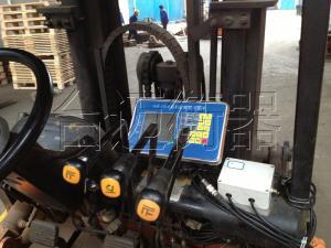 曹路镇叉车加装称重|15吨合力燃油叉车加装称重电子秤产品图片