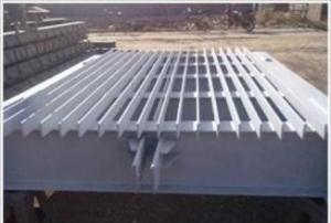 湖南水电站弧形钢结构闸门产品图片